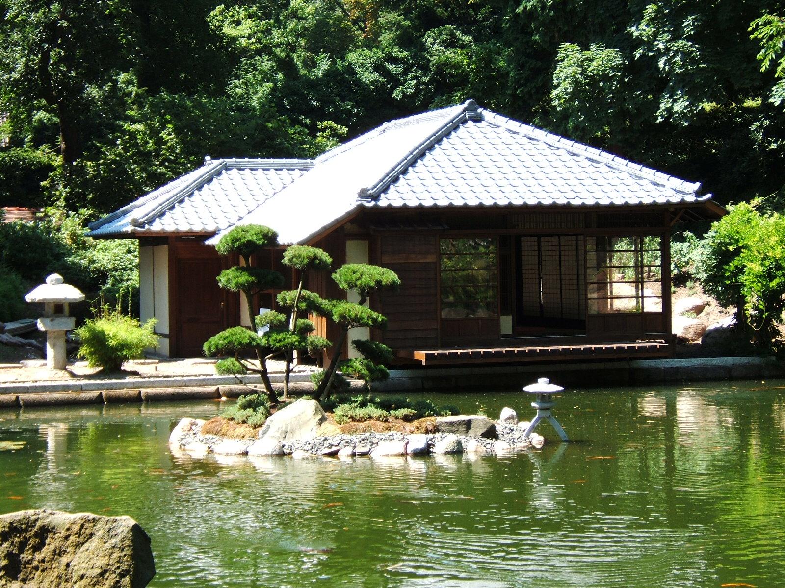Japanischer_Garten,_170705_014